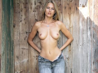 Amateur nude Ginnger